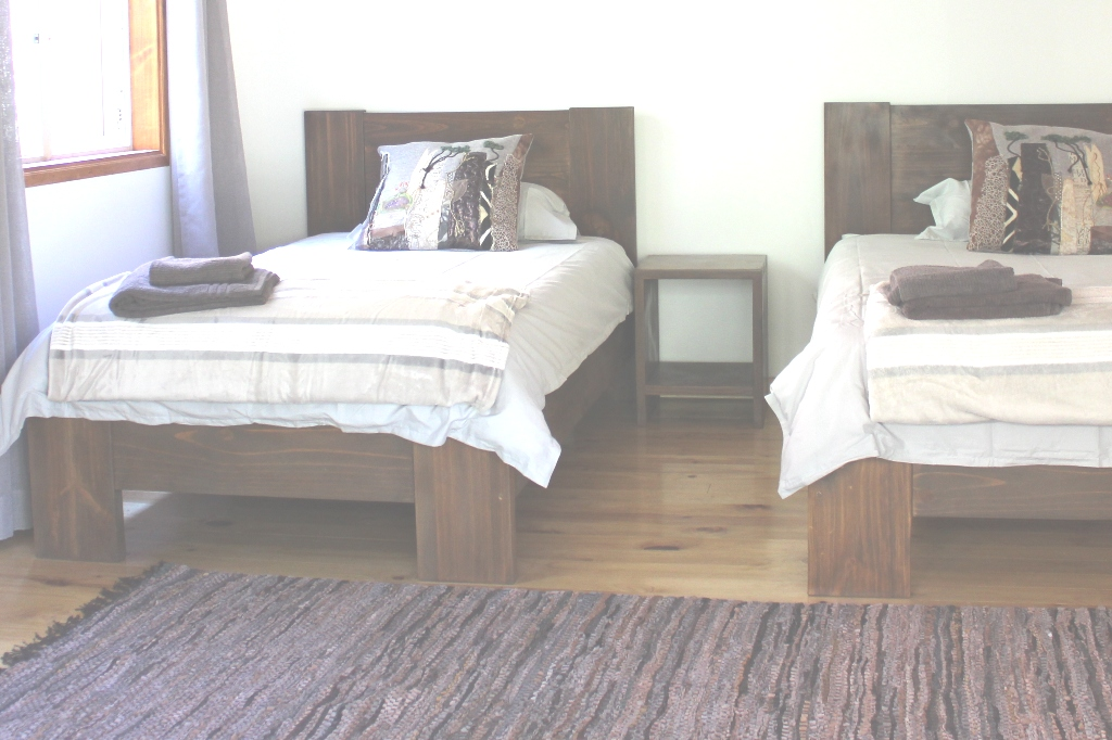 Single beds at the river farm cottage